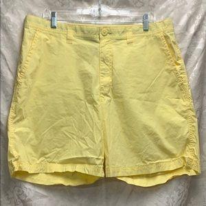 Columbia Pale Yellow Shorts 36 waist 8 length EUC